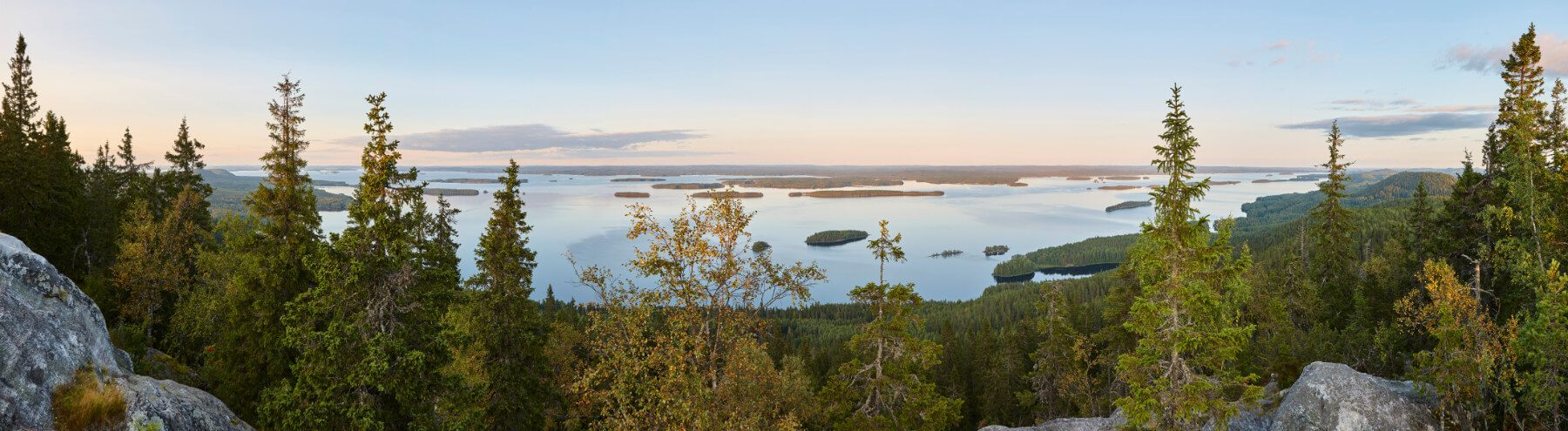 panoramic-landscape-view-koli-national-park-PWTV22U
